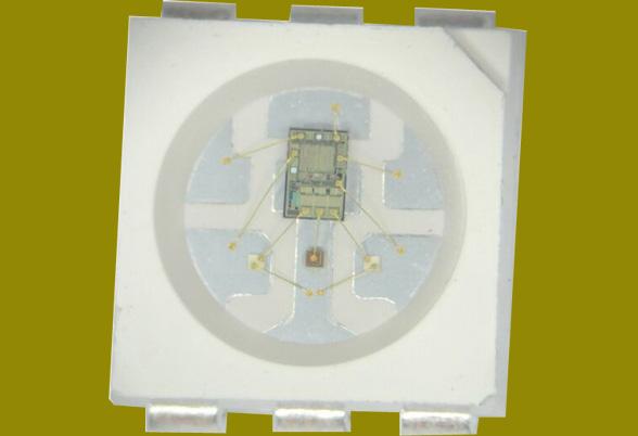 RGB内置IC灯珠定制